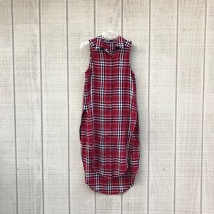 Solitaire red & black plaid shirttail button up